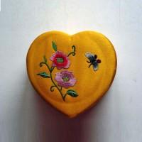 heart-jewelry-box-2